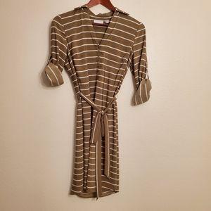 New York & Co sleeved tie waist dress